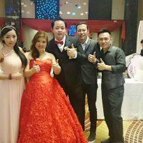 9.1.2016 Andrew _ Victoria wedding reception Serdang Hee Lai Ton Restaurant . 3 pcs liveband 3